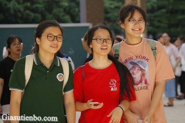 Hà Nội lùi lịch thi vào lớp 10 năm 2021
